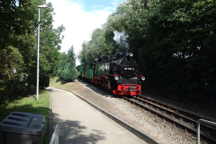 99 1784-0 bei Einfahrt nach Lauterbach Mole